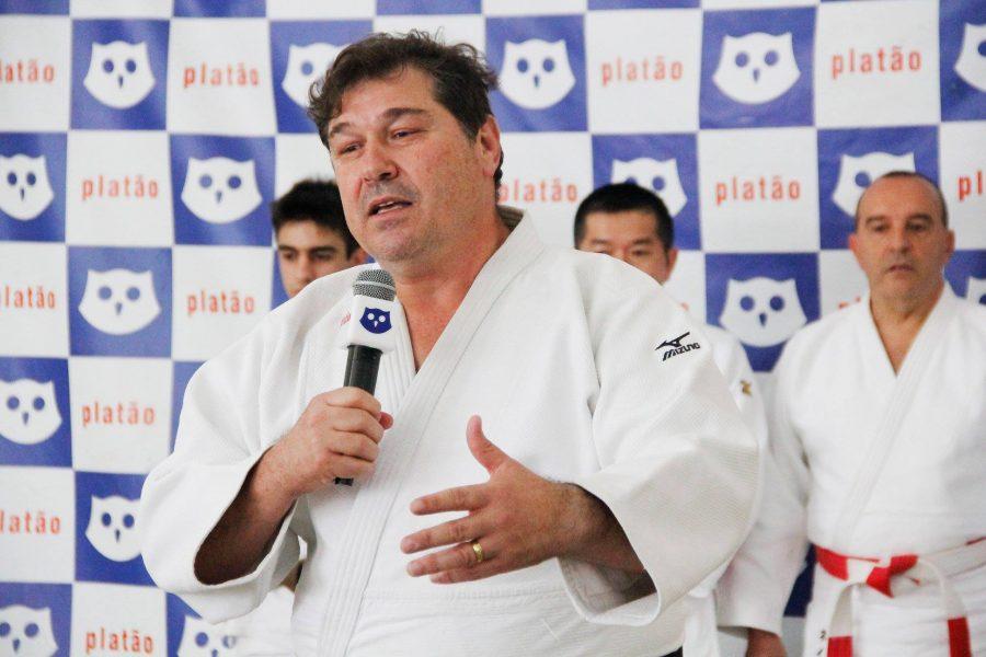 Presença de Aurélio Miguel, Campeão Olímpico Brasileiro de Judô.