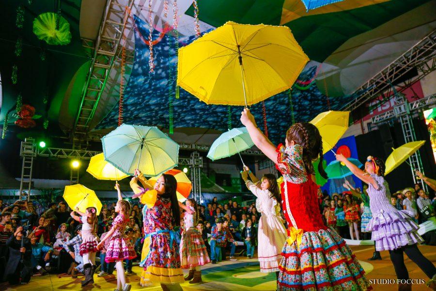 Organização, criatividade e alegria são marcas da Festa da Família do Colégio Platão