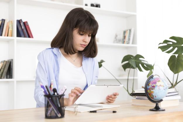 Organizar o tempo ajuda na produtividade no trabalho e também nos estudos